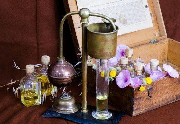 ¿Como se elabora un perfume?